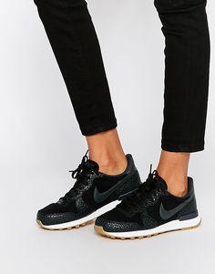Nike Baskets de course mi-hautes Noir et gris Noir