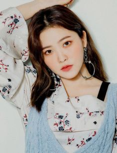 Imagem de red velvet, kpop, and yeri Seulgi, Red Velvet Irene, Black Velvet, Green Velvet, Red Velvet Photoshoot, Red Velet, Homo, Kim Yerim, Kpop Girls