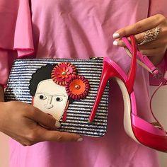Accessori dell'outfit da Barbie di ieri sera!
