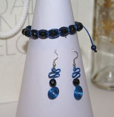 Conjunto negro y azul