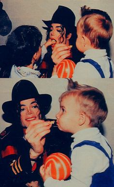 He always loved babies and all children of the world ღ https://pt.pinterest.com/carlamartinsmj/