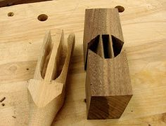It's the end of November already! Okay, okay, here's the Mystery Mallet post that was supposed to be up about three weeks ago! Woodworking Mallet, Woodworking Hand Tools, Woodworking Shop, Woodworking Crafts, Wood Projects, Projects To Try, Diy Garage, Wooden Handles, Joinery