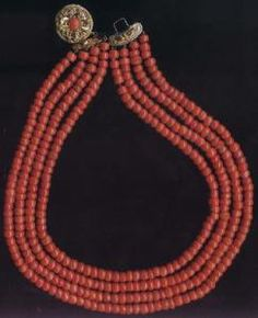 red coral necklace 1800 early
