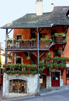 old house in Annecy