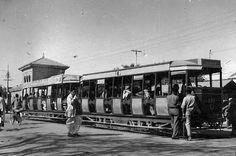 تیس اپریل 1975 کو کراچی میں آخری بار ٹرام چلی