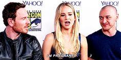 Michael Fassbender, Jennifer Lawrence and James McAvoy at Comic Con <3 herrrrr