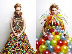 Daisy Ballon_ Rie Hosokai et Takashi Kawada, Moda Fashion, Fashion Art, Fashion Design, Crazy Fashion, Dress Fashion, Daisy, Recycled Dress, Recycled Costumes, Balloon Dress