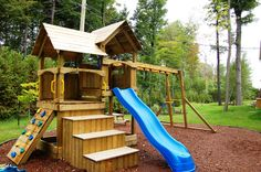 Looking for a Maison Bois Jeux Exterieur. We have Maison Bois Jeux Exterieur and the other about Maison Interieur it free. Playground Swing Set, Kids Backyard Playground, Backyard For Kids, Backyard Projects, Kids Outdoor Play, Outdoor Fun, Fun Projects For Kids, Tree House Designs, Build A Playhouse