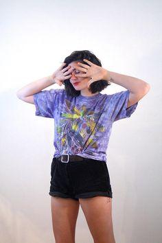 90s The Mountain Tee M L, Native American T-Shirt, Spiritual T-Shirt, Feathers Petroglyph T-Shirt, Purple Tie Dye T-shirt, Vermont Shirt