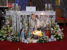 Daum 블로그 - 이미지 원본보기 Altar Decorations, Christmas Decorations, Altar Design, My Flower, Flowers, Christmas Home, Christmas Ideas, Merry Xmas, Flower Designs