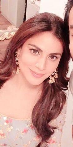 Girl Photo Poses, Girl Photos, Arya, Beautiful Indian Actress, Indian Actresses, Tv, Fashion, Indian Jewelry, Actresses
