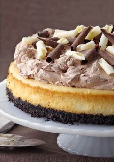 PHILADELPHIA Triple-Chocolate Cheesecake – Chocolate fans unite! This recipe takes the cake. And with only 20 minutes of easy prep, this is sure to become your newest go-to chocolate dessert.