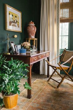 """""""Homeplace"""" from Garden & Gun, Dec 2018 / Jan Read it on the Texture app-unlimited access to top magazines. Desk Set, Interior Design Inspiration, Home Textile, Antique Furniture, Ali, Texture, Interiors, Photography, Office Spaces"""