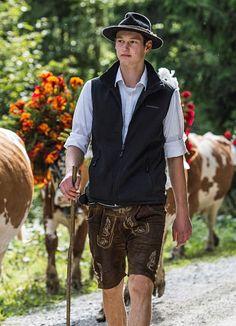 Lederhosen man German Men, Family Research, Lederhosen, Traditional Dresses, Germany, Hipster, Bavaria, Austria, Folk Art
