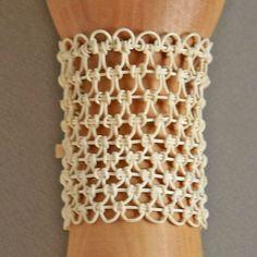 ARABESQUE Bracelet LONG WHT / AR204 | sirisiri