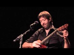 ▶ Jon Gomm - Passionflower - YouTube.