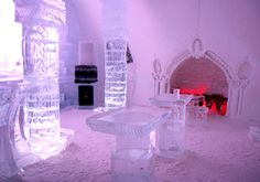 Ice Bar in the Ice Hotel - Hotel de Glace in Quebec Ice Hotel Quebec, Quebec City, Ice Shop, Ice Bars, Ice Castles, Adventure Bucket List, Living On The Edge, Ice Ice Baby, Lappland