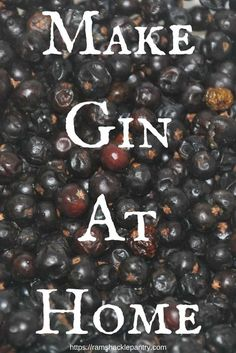 Make Gin Right at home! Spice your own vodka to make a great rustic gin you can be proud of. How to make gin at home! Get a few ingredients and some vodka to make a great and easy rustic Gin Fun Cocktails, Cocktail Drinks, Alcoholic Drinks, Beverages, Homemade Alcohol, Homemade Liquor, Homemade Wine Recipes, Canning Recipes, Kombucha