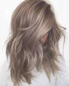 10 Haarfarbe mittlere Länge | Haarfarbe, Haarschnitte und Frisur | Frauen Haare |
