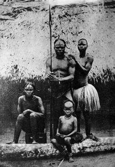 Upper Congo, Bangala warrior and his family (1889)