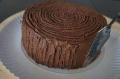 Schokoladen-Buttercreme Rezept – Fondanttaulich | Frau Paulus Tortendrang