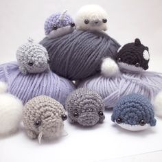 Marine mammals mix: a mini amigurumi manual.  A crochet pattern collection with patterns for seven different sea creatures.  #crochet #amigurumi