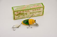 Creek Chub Midget Beetle Lure - http://www.finandflame.com/creek-chub-midget-beetle-lure/ - #AntiqueFishingLure, #CreekChubMidgetBeetleLure - Creek Chub Midget Beetle Lure The Creek Chub Midget Beetle Lure was first produced in 1939. The classic Creek Chub made in Garrett Indiana was a model number 6000. The Baby Beetle lure is exactly the same as its bigger brother except the antique fishing lure was only 2″ in length. This...
