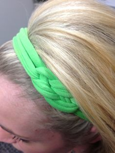 How to Craft a Knotted T-Shirt Headband