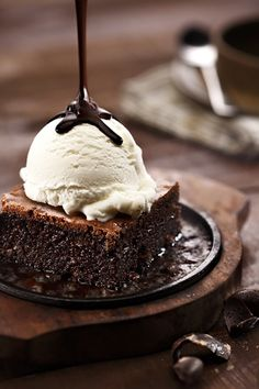 Brownie a la Mode with Chocolate Syrup