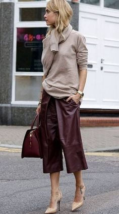 Fashionable Fall Outfit With A Pair Of Leather Maroon Pants Beige Pullover Plus Bag Plus Heels - Women's Style - Outfits Mode Outfits, Fall Outfits, Fashion Outfits, Womens Fashion, Latest Fashion, Gray Outfits, Gucci Fashion, Fashion Weeks, Cheap Fashion