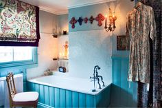 Florence Welch's London home The Details: Designer: Carolyn Benson, Photographer: Angelo Pennetta, Source: Vogue