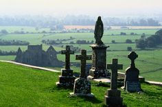 County Tipperary, Ireland Rock of Cashel, one of Ireland's most impressive archaeological sites - Cashel, County Tipperary