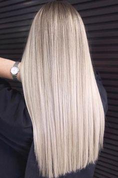 Long Platinum Blonde, Silver Blonde Hair, Blonde Hair Shades, Blonde Hair Looks, Blonde Hair With Highlights, Cool Hair Color, Balayage Hair, Light Blonde Balayage, Honey Balayage