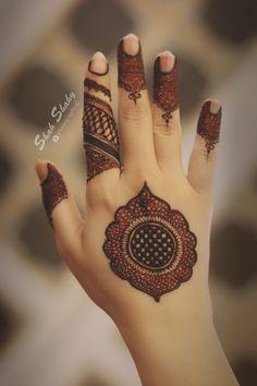 Henna designs - 51 Beautiful Mylanchi designs for hands – Henna designs Easy Mehndi Designs, Latest Mehndi Designs, Bridal Mehndi Designs, Henna Tattoo Designs Simple, Henna Art Designs, Mehndi Designs For Beginners, Mehndi Designs For Fingers, Mehandi Designs, Simple Henna