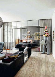 cores neutras e irreverência em Copenhagen. #livingroom. #InteriorDesign.