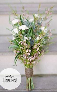 Noch ein hübscher und natürlich wirkender Brautstrauß - oder auch Deko für den Tisch?