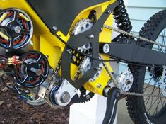 37 custom electric bike builds (with more to come) Winter Project, Bike Design, Go Kart, Building, Cubs Store, Auto Mechanic, Twin, Wheels, Bicycle