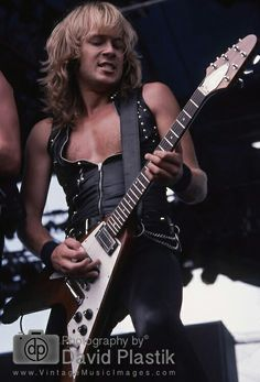 Accept - Donnington Monsters of Rock 1984 Donnington 1984 Rob Halford, Best Guitarist, Rocker Girl, Heavy Metal Music, Judas Priest, Stevie Ray, Music Images, Van Halen, Vintage Music