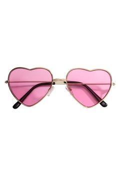 9727d5c7349 53 Best Heart Shaped Sunglasses images