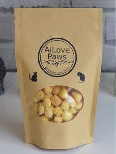 Delish Fish Cat Treats  (75 grams) - Made with high-quality, human-grade fish, raw-honey and turmeric. These treats are sure to please your paws. NO artificial preservatives, NO additives, NO artificial flavours.   100% Australian made with Australian ingredients.