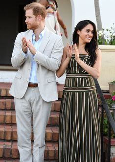 The Duke & Duchess Of Sussex Visit South Africa Visit South Africa, Bailey Blue, Trench Dress, Meghan Markle Style, Mother Jeans, Maxi Styles, Prince Harry And Meghan, Banana Republic Dress, Preppy Style