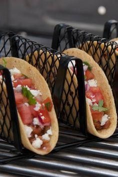 Non-Stick Taco Rack by Grilling Tools Necessities on - Genius! How else can you keep tacos from falling apart after cooking? Cilantro, Grill Rack, Kitchen Items, Kitchen Gadgets, Kitchen Stuff, Kitchen Tools, Bbq Tools, Grill Master, Cool Inventions