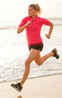 Lifestyle Photographer Bryan Alano, Woman Running on Beach