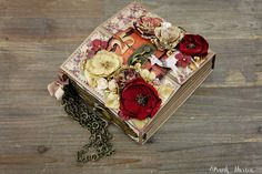 25 Album by Frank Garcia using the new Victorian Christmas Collection.