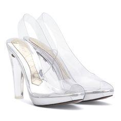 Los zapatos transparentes que conquistan a la reina Letizia #moda #fashion #shoes