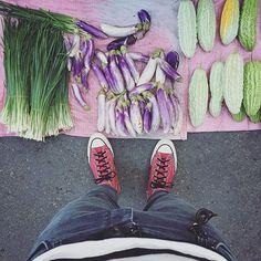 . morning saturday :-D))))) 🍆🍆🍆🍆🍆🍆 . #s_s_magiccarpet #s_s_ilovemarkets #market #市場 #朝市 #茄子 #eggplant