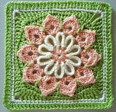 de Haakbaak: Pinspiratie: Simple 10-petal Afghan Square