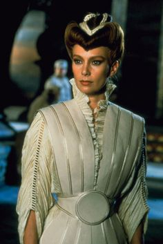 Francesca Annis as the Lady Jessica in David Lynch's Dune. Arte Sci Fi, Sci Fi Art, Dune Film, Dune The Movie, Science Fiction, Francesca Annis, Dune Frank Herbert, Dune, Films