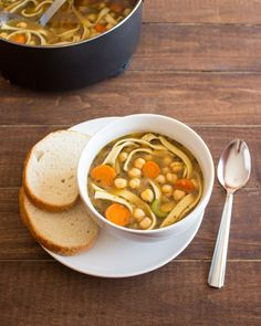 19. Easy Chickpea Noodle Soup #beginner #dinner #recipes http://greatist.com/eat/healthy-dinner-recipes-for-beginners
