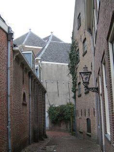 Leiden. The Netherlands Burgsteeg naar Oude Rijn | Flickr - Photo Sharing!